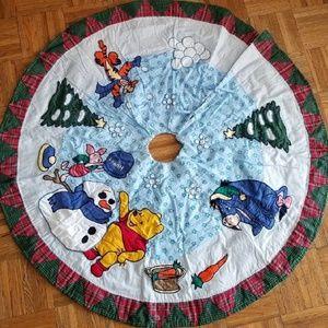 🎄 NWT Winnie the Pooh Christmas Tree Skirt
